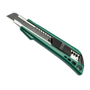 93422A 世达 塑柄推钮美工刀8节18x100MM 1盒10.0把 1箱80.0把